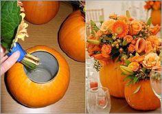 Thanksgiving decoration make DIY ideas for an atmospheric party Erntedankfest Deko selber machen DIY Ideen für ein stimmungsvolles Fest Thanksgiving Day Make your own decoration – pumpkin decoration idea Pumpkin Planter, Pumpkin Vase, Pumpkin Flower, Pumpkin Centerpieces, Diy Pumpkin, Pumpkin Bouquet, White Pumpkin Decor, Diy Centerpieces, Fall Halloween