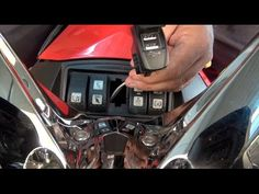 Can Am Spyder - Dual USB Charger - Presentation/Installation - Spyder TV - YouTube