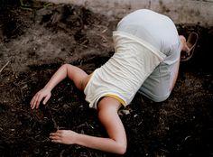 Lee Materazzi - Head in Dirt - 2008