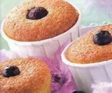 Receita Muffins com mirtilos por Equipa Bimby - Categoria da receita Bolos e Biscoitos