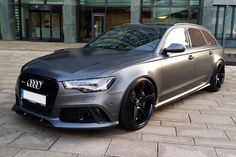 COOL!! Audi RS6 Avant(Mat Grey) with Black rims