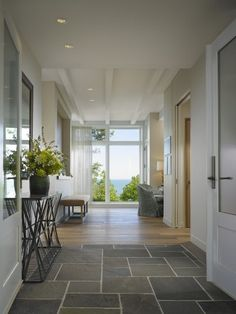 Slate Grey Bathroom Floor Design, Pictures, Remodel, Decor and Ideas - page 6 Foyer Flooring, Slate Flooring, Kitchen Flooring, Tile Entryway, Flooring Ideas, Modern Entryway, Slate Kitchen, Entryway Bench, Hallway Console