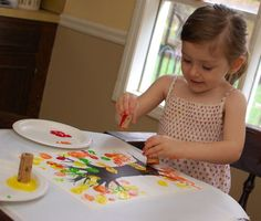 LOVE this! great blog with lots of toddler crafts