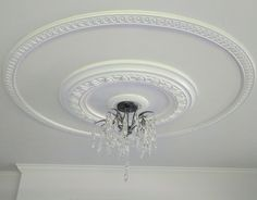 Ceiling Medallion Wall Art – Home Lighting Ideas Plaster Ceiling Design, Molding Ceiling, House Ceiling Design, Ceiling Design Living Room, Bedroom False Ceiling Design, Moulding, High Ceiling Decorating, Pop Design For Roof, Bedroom Pop Design