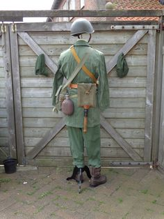 Some impressions of complete uniforms - Page 34 - Wehrmacht-Awards.com Militaria Forums