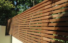 London Garden Fencing Fencing contractors in London. We undertake both domestic and commercial contracts, we operate in Clapham Streatham Chelsea Dulwich and all over London. Contemporary Fence Panels, Contemporary Gardens, Garden Privacy Screen, Privacy Screens, Slatted Fence Panels, Cheap Garden Fencing, Garden Spells, Garden Screening, Minimalist Garden