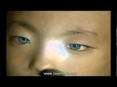 ▶ Star Child or Alien Hybrid?:Chinese boy Yongsui with blue eyes has night vision like a cat. - YouTube