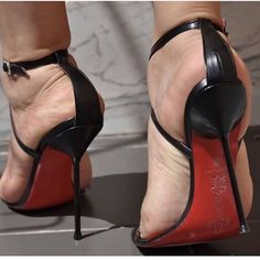 Image may contain: shoes - Schuhe - Heels Strappy High Heels, Open Toe High Heels, Hot High Heels, Ankle Strap Heels, Pumps Heels, Stiletto Heels, Peep Toe Pumps, High Heels Images, Talons Sexy