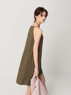 Sukienka z dekoltem halter, MOHITO, QY533-87X
