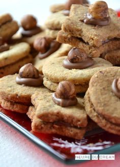 Biscuits & Sablés & Cookies Archives - Page 2 sur 5 - L'Heure du Cream Easy Christmas Cookie Recipes, Best Christmas Cookies, Cake Recipes, Dessert Recipes, Arabic Sweets, No Cook Desserts, Biscuit Cookies, Gluten Free Cookies, Chocolate Chip Cookies