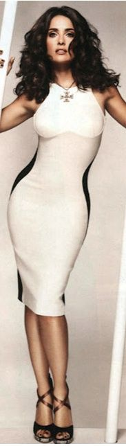 Salma Hayek in Stella McCartney....love the dress...love the necklace!