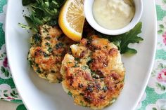 Golden Fish Cakes - beautiful, but best done in a kitchen with a rangehood for the lingering aroma. Lunch Recipes, Seafood Recipes, New Recipes, Whole Food Recipes, Dinner Recipes, Healthy Recipes, White Fish Recipes, Light Recipes, Seafood Dinner