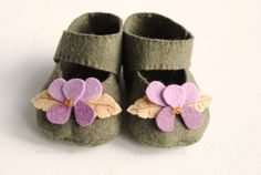 Hello Violet Felt Baby Shoe Pattern Mary Jane with by DelilahIris