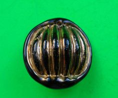 LARGE VINTAGE BIMINI TYPE BUTTON.HAND MADE ART GLASS