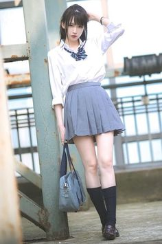 Japanese School Uniform Girl, School Uniform Fashion, School Girl Dress, School Girl Japan, School Uniform Girls, Cute Asian Girls, Beautiful Asian Girls, Cute Kawaii Girl, Cute Japanese Girl