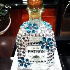 Bedazzle a Patron bottle Bedazzled Liquor Bottles, Decorated Liquor Bottles, Bling Bottles, Tequila Bottles, Painted Wine Bottles, Alcohol Bottle Decorations, Alcohol Bottle Crafts, Glass Bottle Crafts, Wine Bottle Art
