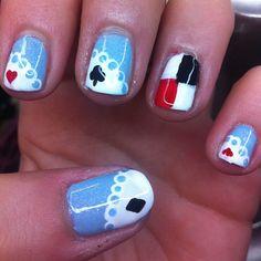 Alice in Wonderland nail art Disney Inspired Nails, Disney Nails, Nail Swag, Beautiful Nail Designs, Cute Nail Designs, Great Nails, Cute Nails, Hair And Nails, My Nails