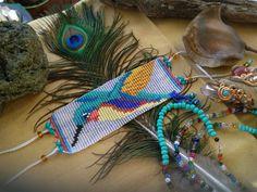 Colibrí, mostacillas con Oración e Intención Loom Bracelet Patterns, Loom Bracelets, Loom Patterns, Beading Patterns, Beaded Crafts, Beaded Ornaments, Beaded Earrings, Beaded Jewelry, Nativity Crafts