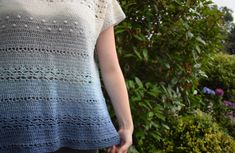 Gratis haakpatroon: Spotting Clouds Top – A Spoonful of Yarn Crochet Shrug Pattern, Top Pattern, Free Pattern, Crochet Patterns, Crochet Ideas, Crochet Hooks, Free Crochet, Knit Crochet, Crochet Shirt
