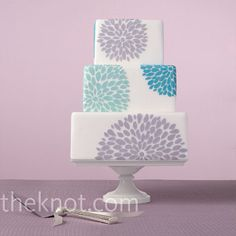 square cake with cool modern graphic flower pattern