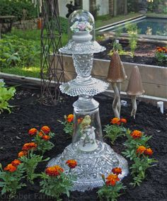 vintage glass yard art totem | Glass Yard Totems
