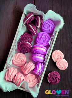 Rose Macarons :D  A box full of rose macarons would also be an ideal gift for someone special on Valentines day  #bestovengloves #gloven