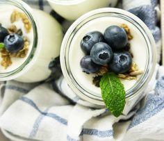 Für den morgendlichen Kickstart: Heidelbeer-Quark-Crunch Frühstück LAKTOSEFREI *Hummelsüß*