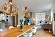 Post: Cocina abierta al salón en forma de L --> blog decor, Cocina abierta al salón en forma de L, decoración blanco madera, decoración interiores, decoración lineas rectas, decoración nórdica moderna, distribución diáfana, estilo nórdico