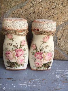Decoupage Jars, Napkin Decoupage, Diy Crafts For Gifts, Jar Crafts, Bottle Painting, Bottle Art, Bottles And Jars, Glass Jars, Vintage Bread Boxes