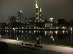 Things to do in Frankfurt on new year's eve 2017-2018, top fireworks & parties http://www.newyearsevelive.net/cities/frankfurt.html #frankfurt #newyearseve