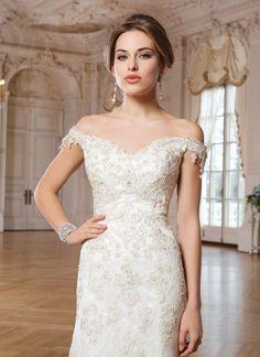 Klasik Balık Etek Gelinlik Modelleri; #gelin #gelinlik #gelinlikmodelleri #beyaz #dantel #2015gelinlikmodelleri #moda #trend #favori #wedding #weddingdress #weddingdress2015 #bridal #gelinlik2015 #2015gelinlik http://enmodagelinlik.com/klasik-balik-etek-gelinlik-modelleri/