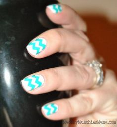 chevron striped nails