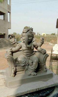 Ganesh Lord, Shri Ganesh, Hanuman, Clay Ganesha, Ganesha Art, Sculpture Clay, Sculptures, Ganesh Chaturthi Images, Ganesh Idol