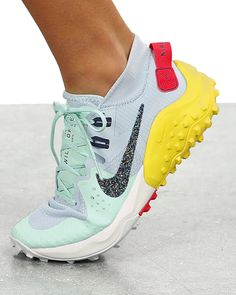 Cute Running Shoes, Best Trail Running Shoes, Running Sneakers, Cute Shoes, Me Too Shoes, Winter Running Shoes, Women Running Shoes, Trail Shoes Women, Men's Shoes