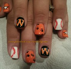 #Washingtonpanthers baseball nail art. Follow me on my nail page at www.facebook.com/nailsbyjami and on Instagram at www.instagram.com/jamidnailsbyjami. #nailart #naildesigns #cutenails #nailartjunkie #nailpro #nailprodigy #funnails #cutenails  #peoriail #peoriailnailtech #uniquenails #handpainted  #acrylicnails #washingtonil #washingtonstrong #baseballnails #teamspirit #baseballnailart #pawprints
