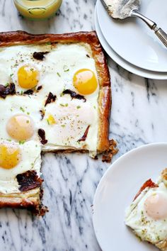Bacon and Egg Puff Pastry Breakfast Tart//