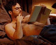 Mark Ruffalo GIF Hunt Hola everyone! Today I'm going to be sharing with you about 89 GIFS of Mark Ruffalo. Wisconsin, Bruce Banner, Dr Banner, Gladys Reyes, Mark Ruffalo Shirtless, Wattpad, Hulk, Roman, Marvel