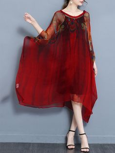 Buy V-Neck Printed Batwing Two-Piece Long Dress online with cheap prices and discover fashion Maxi Dresses at Fashionmia.com.