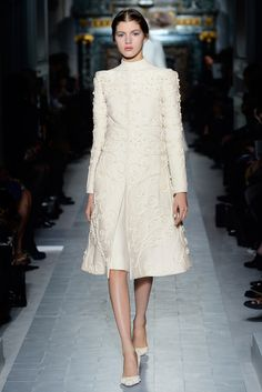 """Les grilles du Lude"" cape in embroidered wild rose ferronnerie.    http://www.valentino.com/en/collections/haute-couture/"