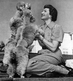 Claudia-Colbert-with-her-poodles     http://classiccinemaimages.com/wp-content/uploads/2012/05/Claudia-Colbert-with-her-poodles-1952.jpg