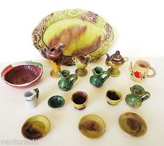 Dollhouse-Dishes-16-pieces-Pottery-majolica-mexican-bisque-wood-Vintage