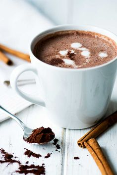 Hot Chocolate with cinnamon. hmmmm delicious! find more on www.foodlikers.de