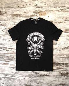 T-SIR Jack Knife Black T-Shirt. #jackknife #shave #cut #shaveandcut #barber. 100% cotton, super-soft feel. Tag with brand logo at the bottom left. #tshirt #blacktshirt #tshirtdesign #hipstertshirts #jackknife #jackknifetshirts #mens #camisetahipster