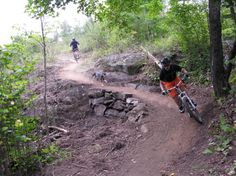 Duluth making gains on 100-mile mountain bike trail - A group of Duluth cyclists is 35 miles along on its #ambitious quest to build a 100-mile single-track #mountain bike trail across the city called the #Duluth Traverse.