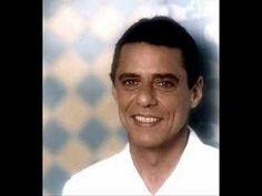 Samba de Orly. Chico Buarque de Hollanda, cantando. Um bonito samba !!! A canção foi escrita por Vinícius de Moraes, Toquinho e Chico Buarque em  1970.