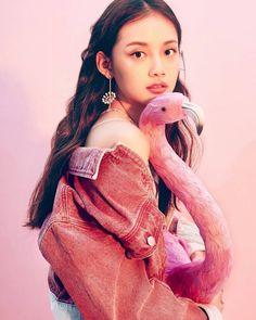 KeLan Jin Province of China. Meteor Garten, Meteor Garden 2018, A Love So Beautiful, Ulzzang Girl, Korean Ulzzang, Chinese Model, Chinese Actress, Photoshoot Inspiration, Aesthetic Clothes