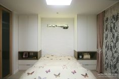 Sparkling dress room and face-to-face kitchen interior _30py:
