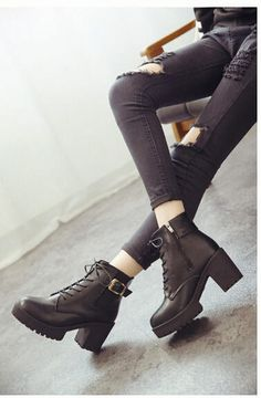 Chunky Heel Lace-Up Platform Boots - SouthBay Shoes | YESSTYLE
