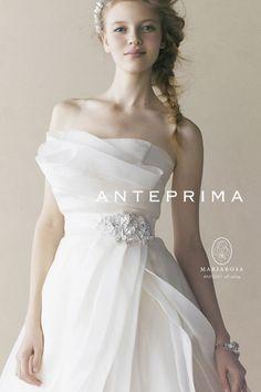〔デザイン・モチーフ別*〕アンテプリマの純白ウエディングドレスにきゅん♡にて紹介している画像