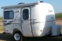 Casita's Patriot is a 13ft long all-fiberglass small travel trailer; durable, easy to tow and store, with features offering comfort and coziness, it's an ideal weekender camper….